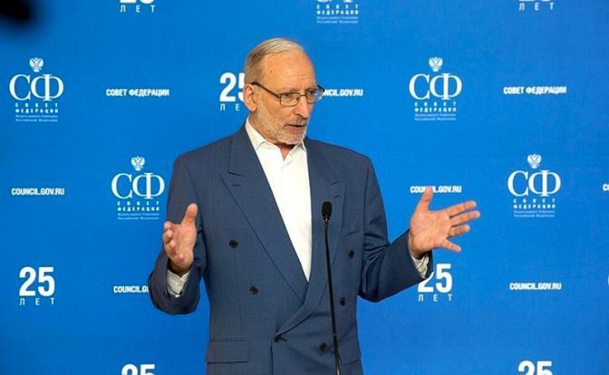 Французский политолог Эммануэль Леруа: России нужно отказаться от идей либерализма, иначе последствия для неё станут смертельными