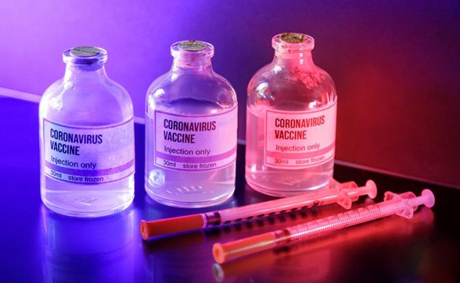 Вакцина от коронавируса даст знать о себе через несколько лет