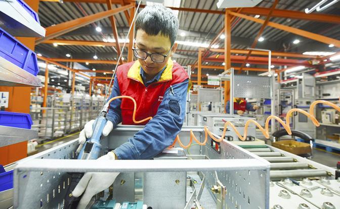 Китай коронавирус не напугал: Поднебесная демонстрирует рост ВВП и доходов