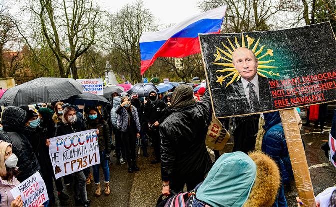 Сергей Обухов — «Свободной прессе»: Россия идёт к глобальной распределительной системе