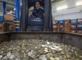 Названа сумма утекших из России денег за 30 лет