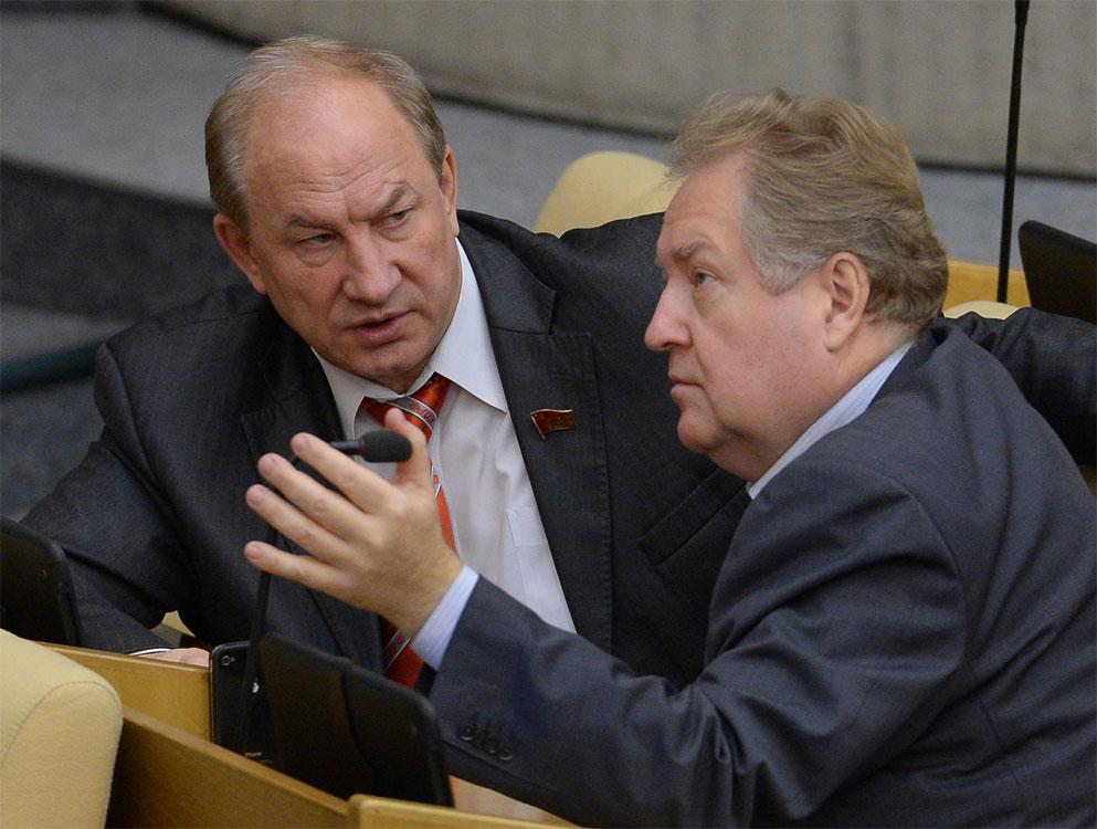 «Партия власти зашла вызывающе далеко». С.П. Обухов прокомментировал подписанные Путиным законопроекты о выборах