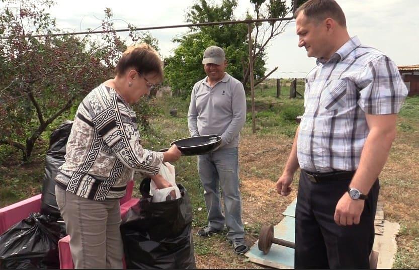 Депутаты КПРФ помогают инвалидам